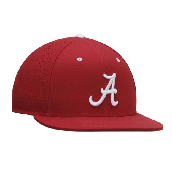 a5441027227  NWOT Nike Alabama Crimson Tide Fitted Hat. M 5be904c92e1478b025c92314